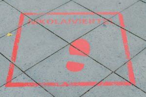 Niekolaiviertel - oznaczenie drogi